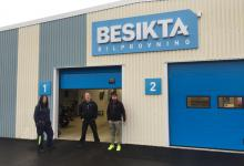Thanks to Besikta that stored bikes for us.